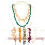 Náramky, náhrdelníky